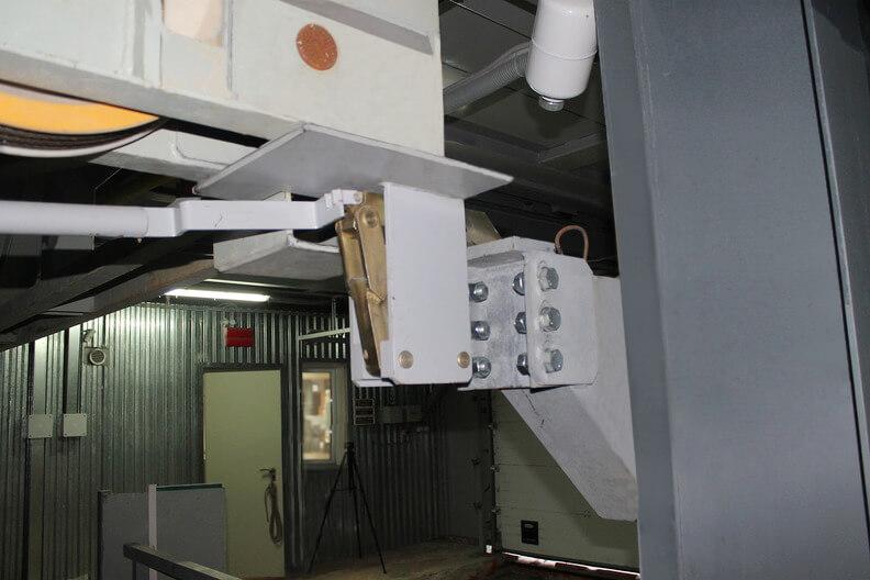 Автоматизированная парковка МАС-М72. Упор клети на ярусе.